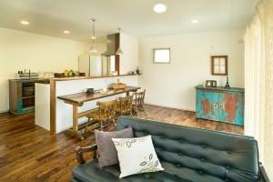 家具の配置で印象がガラリと変わるからずっと楽しめます。